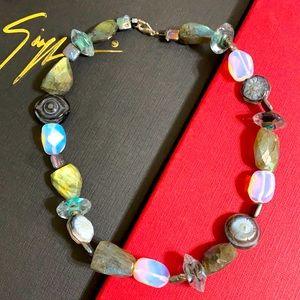 🖤Chunky Labradorite necklace